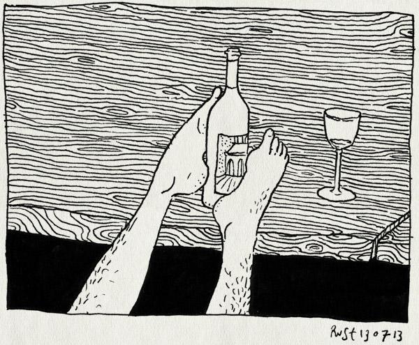tekening 2241, auw, bezeerd, casa san carlo, heet, icepack, italie, koelen, koeler, stoel, umbrie, vakantie2013, voet, wijn, wijnkoeler, zwelling