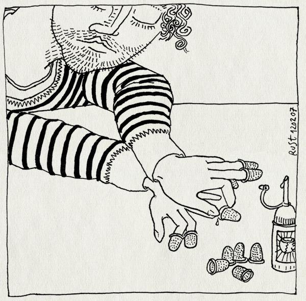 tekening 563, vingerhoed vingerhoedje krabben glue lijm