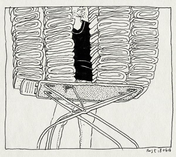 tekening 3312, berg, handdoeken, opvouwen, stapel, strijkplank, thuis, vouwen, was